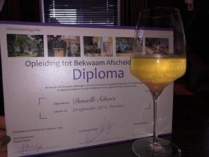 diploma bekwaam afscheidsfotograaf danielles afscheidsfotografie danielle scheers